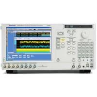 Tektronix AWG5002B генератор сигналов