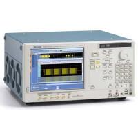 Tektronix AWG7121B генератор сигналов
