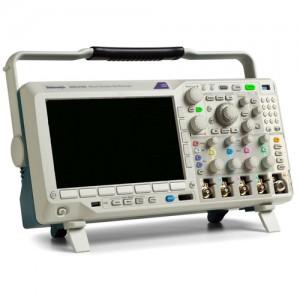Tektronix MDO3052 комбинированный осциллограф 2 канала, 500 МГц